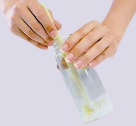 離乳食のスプーンにも使え便利。